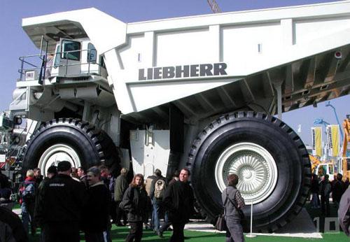 plus gros camion du monde